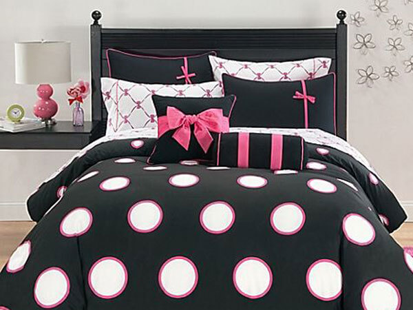ترکیب صورتی و مشکی سیاه و قرمز ترکیب رنگ اتاق خواب دختر جوان