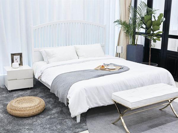 اتاق با طراحی کمد دیواری سرتا سری تفکیک فضای کار از محل خواب