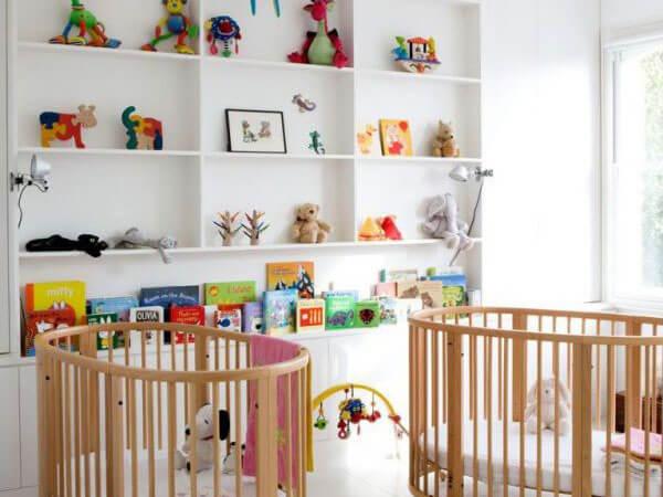 تزیین خواب با عروسک تزیین اتاق کودک با عروسک