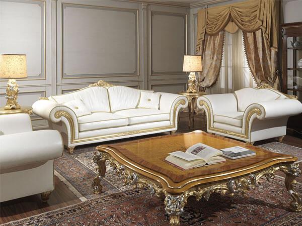 مبلمان به رنگ سفید و طلایی