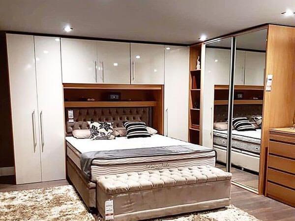 کمد سفید رنگ در اتاق خواب انتخاب بهترین رنگ برای کمدهای دیواری