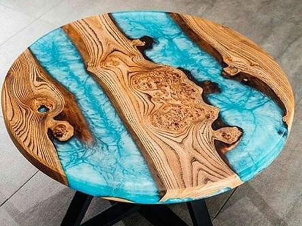 میز با استفاده ار رزین
