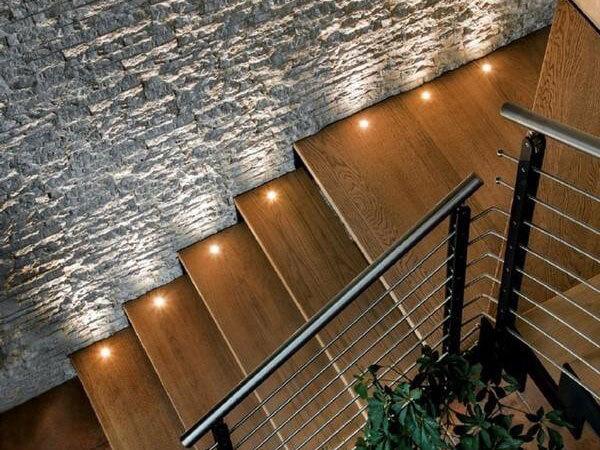 نورپردازی پلههای دوبلکس