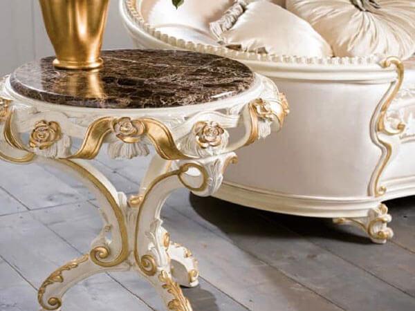 میز کوچک دکوری اگر میز تلفن دارای طبقات متعدد است که خارق العاده زیبا میباشد.
