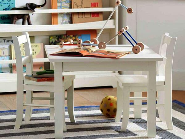 اتاق بازی کودک از وسایل آموزشی استفاده کنید