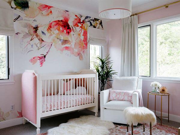 دیزاین اتاق نوزاد دختر با تم صورتی
