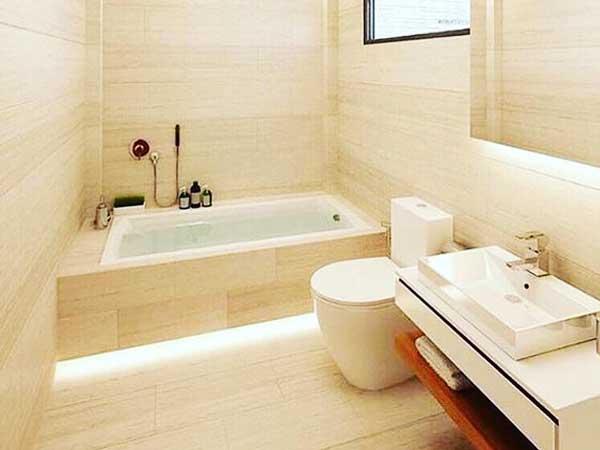 مدل حمامهای جدید نصب جالباسی و جا حولهبه سبک مدرن و شیک و زیبا