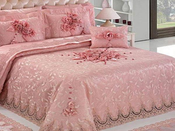 مدل روتختی عروس گلبهی رنگ ایده آل برای رو تختی