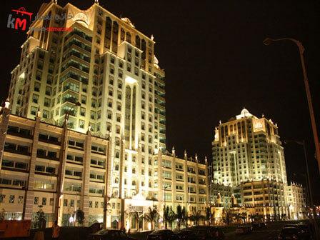 نورپرداری نمای ساختمان چند طبقه و بیشتر