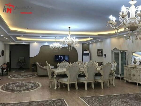 مبلمان و فرش در دکور پذیرایی استفاده از لوازم دکوری ایرانی