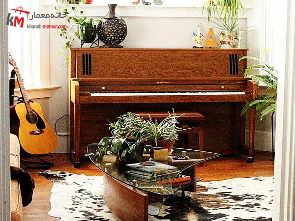 پیانو با تم رنگی چوب پیانو های کوچک ساده و زیبا