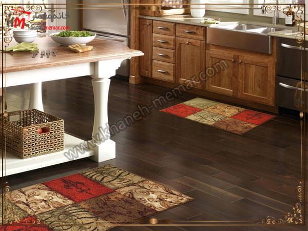 توجه به پوشش زیر فرش