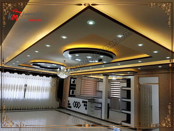 نورپردازی سقف و دکور زیبای سالن پذیرایی