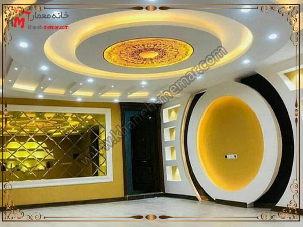 ترکیب رنگ زرد و قهوه ای در دکور سقف و دیوار