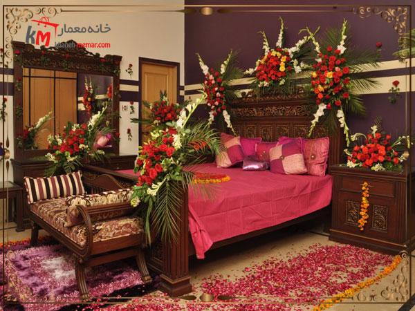 استفاده از گل برای تزیین اتاق خواب عروس