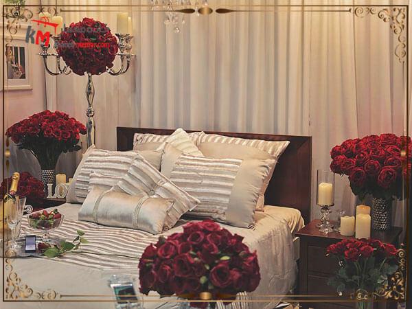 استفاده از گل و گلدان در اتاق خواب