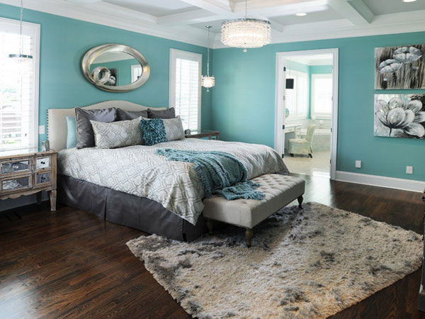 قرار دادن فرش یا قالیچه در پایین تخت خواب